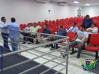 Legislativo reúne-se com Secretaria de Obras para esclarecimentos