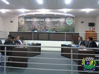 Vereadores aprovam reajuste salarial de 4% para servidores públicos do legislativo municipal