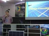 Vereadores participam de reunião sobre painéis fotovoltaicos